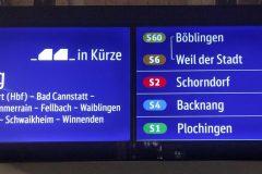 Farbige Anzeige von S-Bahnen mit Zugteilung eines künfigen Zuges (S6/S60).