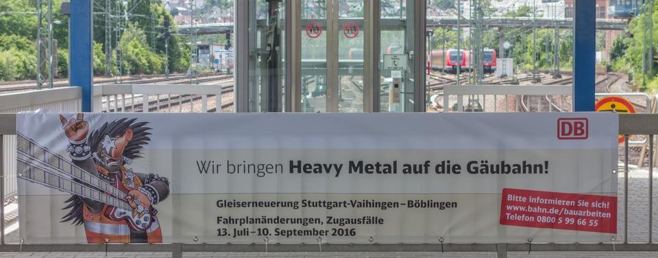 Ankündigung der Bahn am Bahnhof Stuttgart-Vaihingen