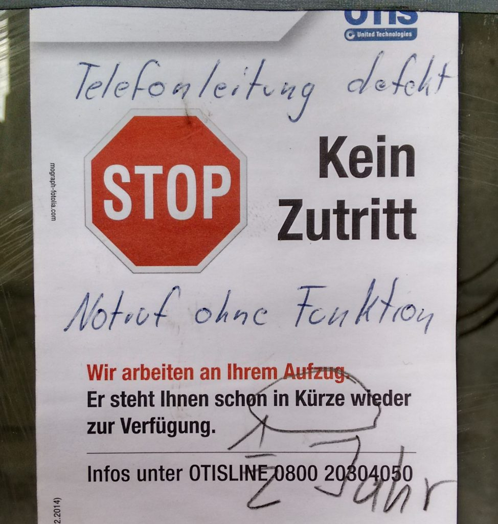 Aufzug wegen defekter Telefonleitung außer Betrieb
